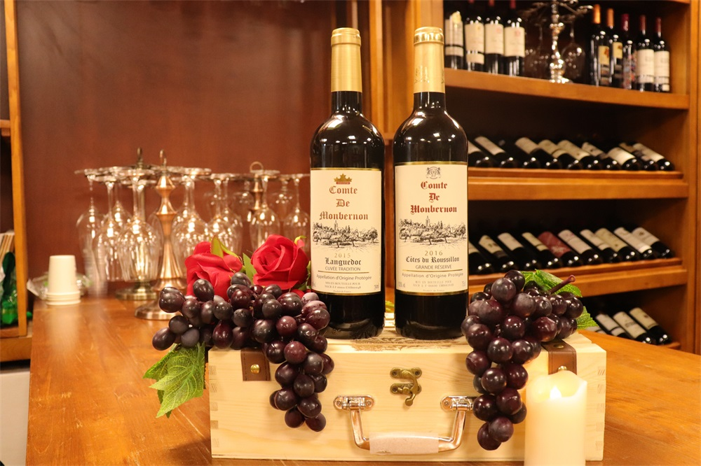 选择什么品牌发展红酒加盟商