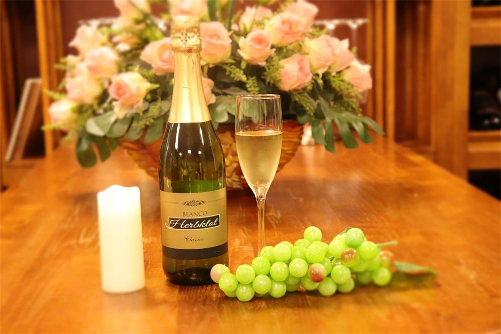 做法国红酒生意需预备多少钱