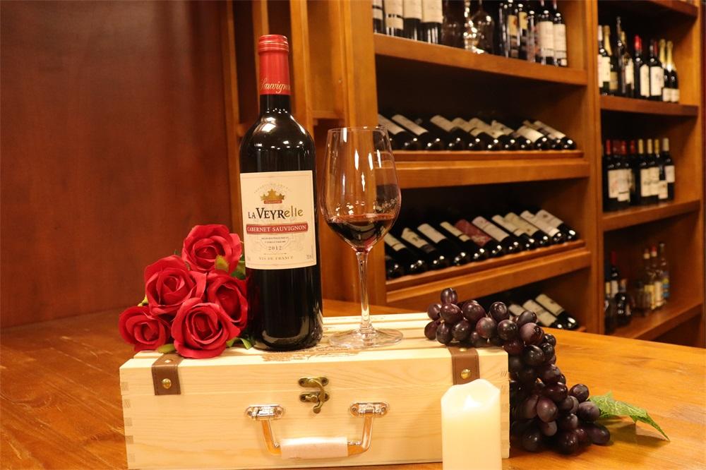 开个葡萄酒专卖店需花费多少钱